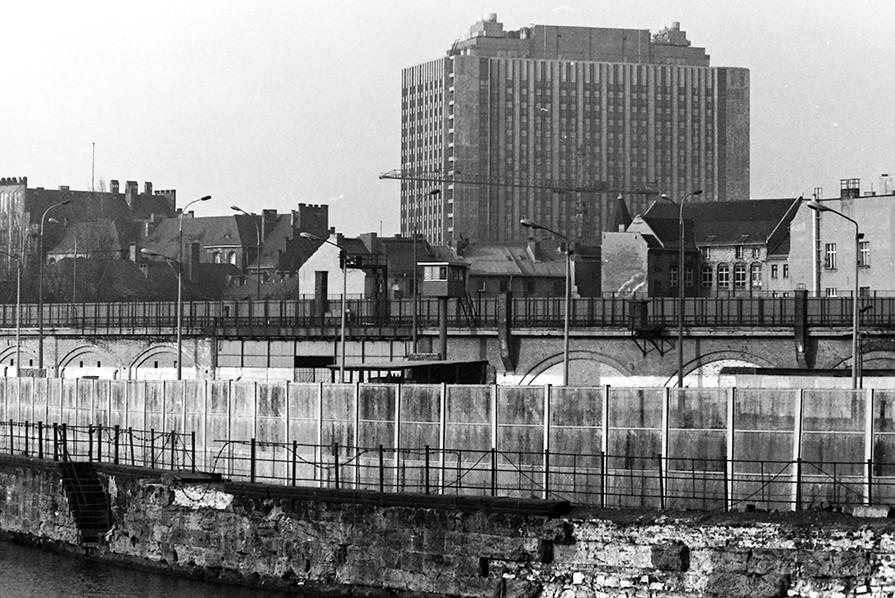 Across the River Spree into East Berlin