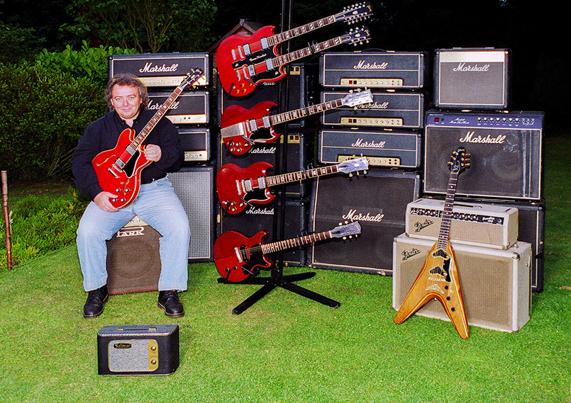 Various Marshall, Fender & Park Amps &  including Twin necked (ES1275) and Flying V2