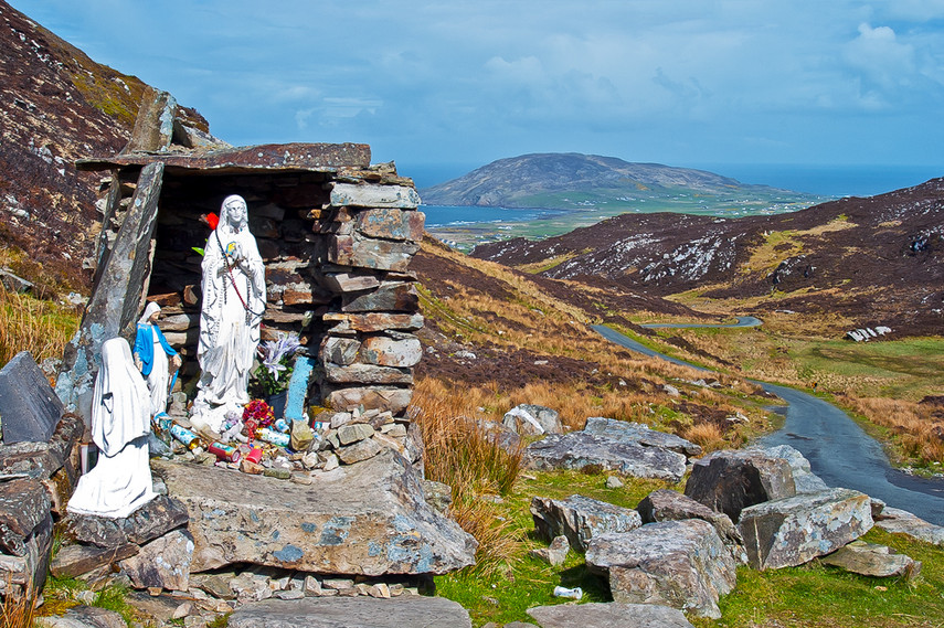 Holy Well & Grotto, Mamore Gap, Urris Hi