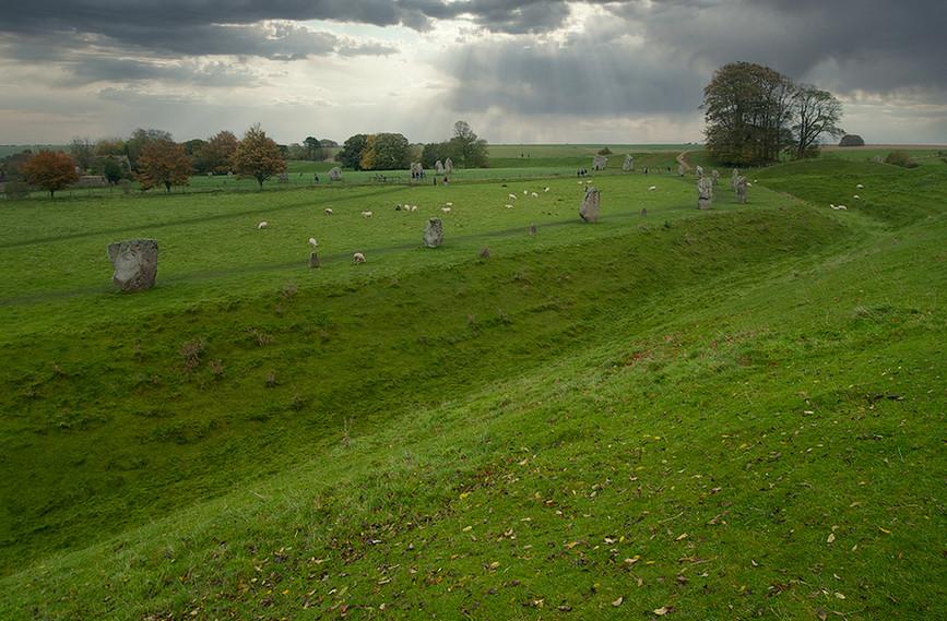 Views of Avebury & Individual Stones 20