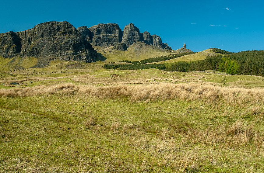 The Storr & the Old Man of Storr 01