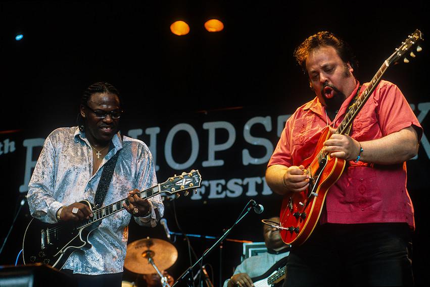 Joe Louis Walker with Otis Grand 02