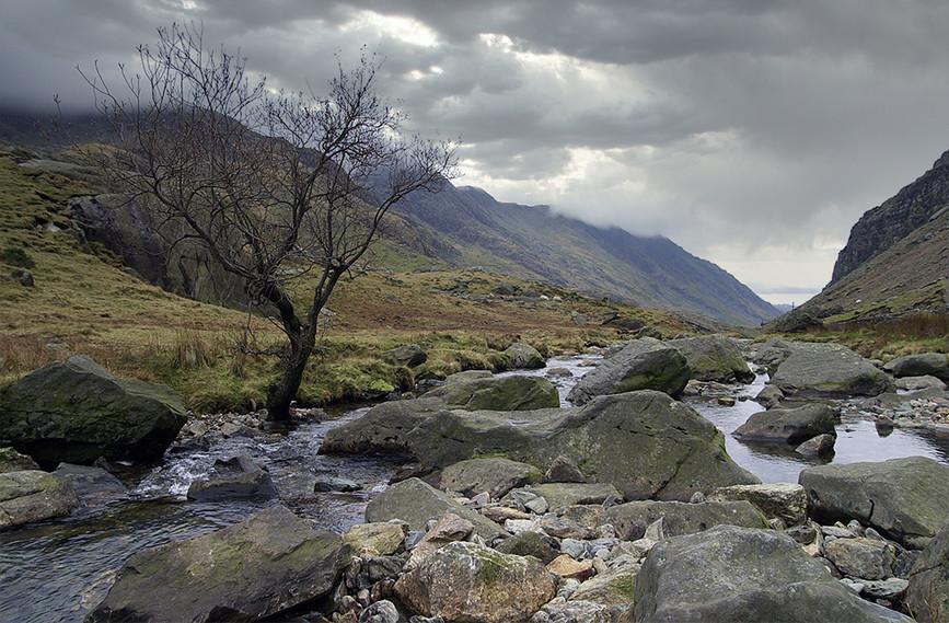 Nant Peris River looking South 06