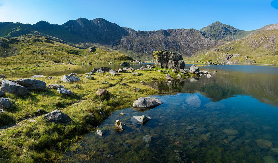 Horizontal Pano of reflection of Mount Snowdon in Llyn Llydaw 02