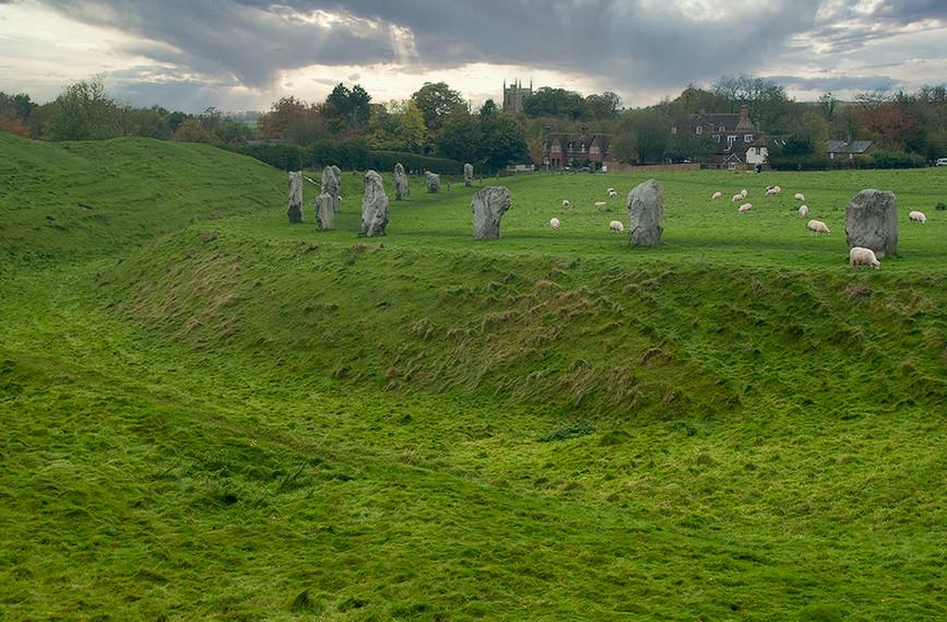 Views of Avebury & Individual Stones 16