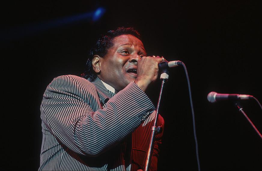 Roy Walker (fronting Otis Grand) 06