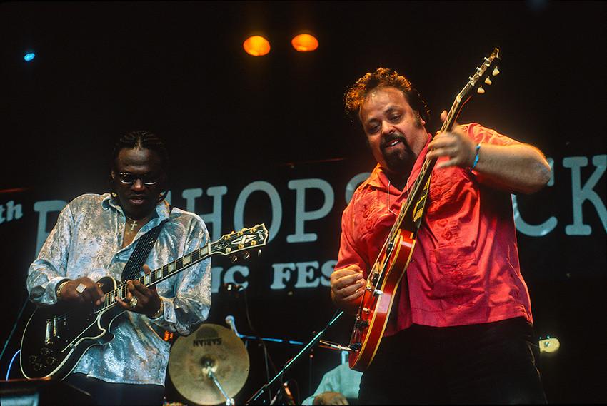 Joe Louis Walker with Otis Grand 04