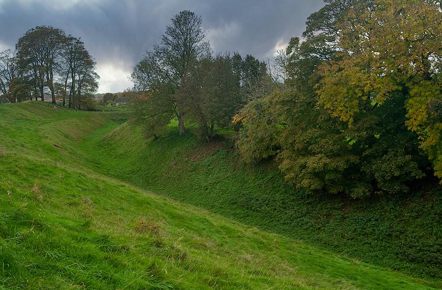 Views of Avebury & Individual Stones 29