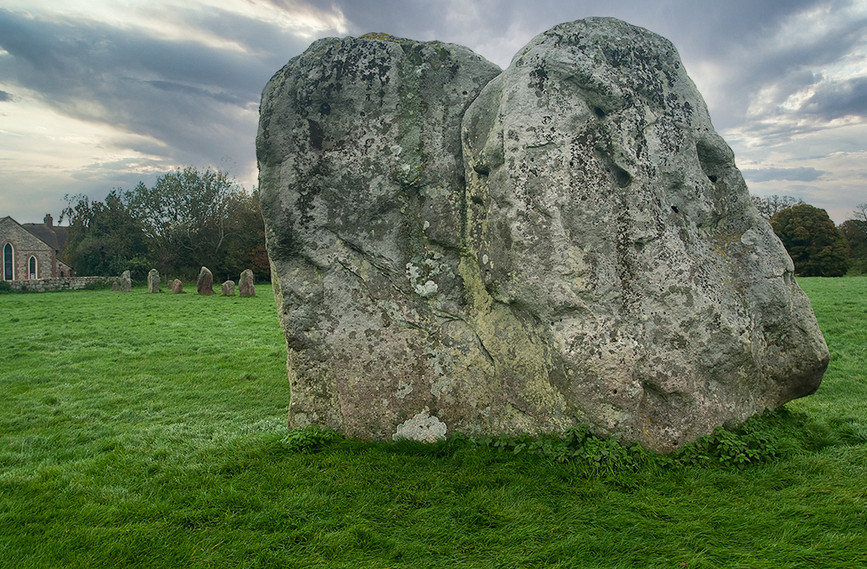 Views of Avebury & Individual Stones 34
