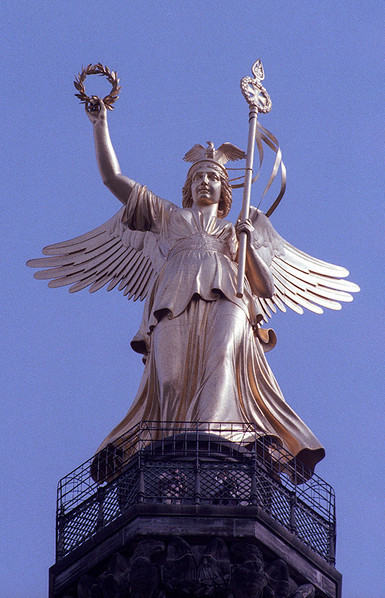 Bronze sculpture of Victoria, the Roman goddess of victory, atop the Victory Column 02
