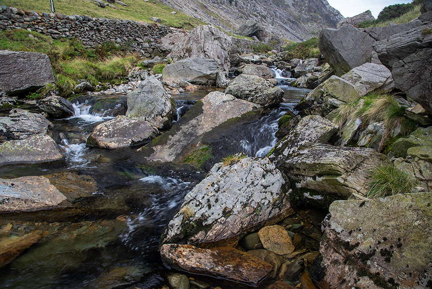 Details of the Nant Peris River 16