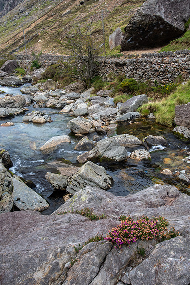 Details of the Nant Peris River 13