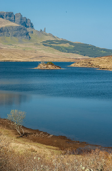 Old Man of Storr across Loch Leathan 04