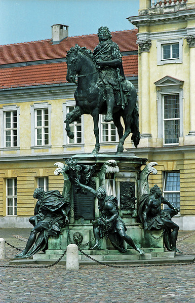 Statue in front of Charlottenburg Palace