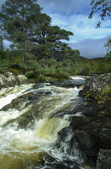 Garbhuisge Falls 06