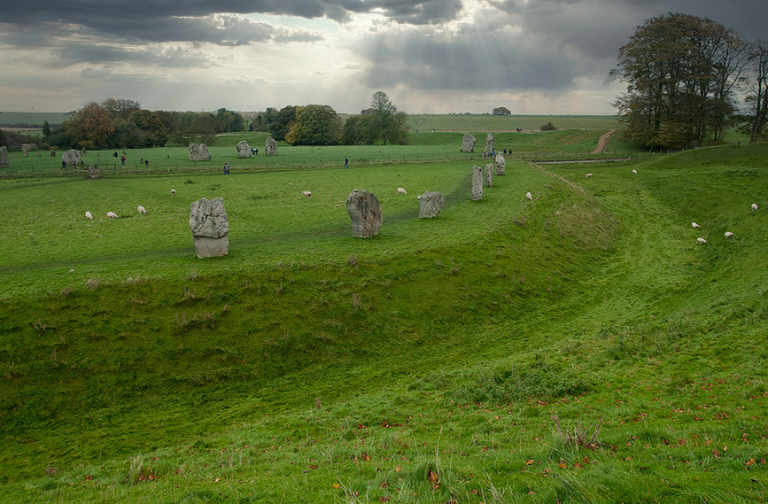 Views of Avebury & Individual Stones 22