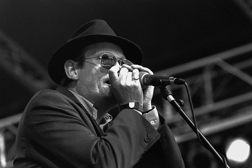 Blues 'n Trouble 06 - Tim Elliott.jpg