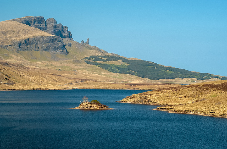 Old Man of Storr across Loch Leathan 03