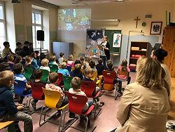 Minz Osterhase Lesung in Obergrafendorf Volksschule