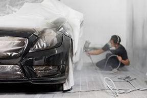 ミツイオートサービスの板金-ベース塗料の吹付 285X190.jpg