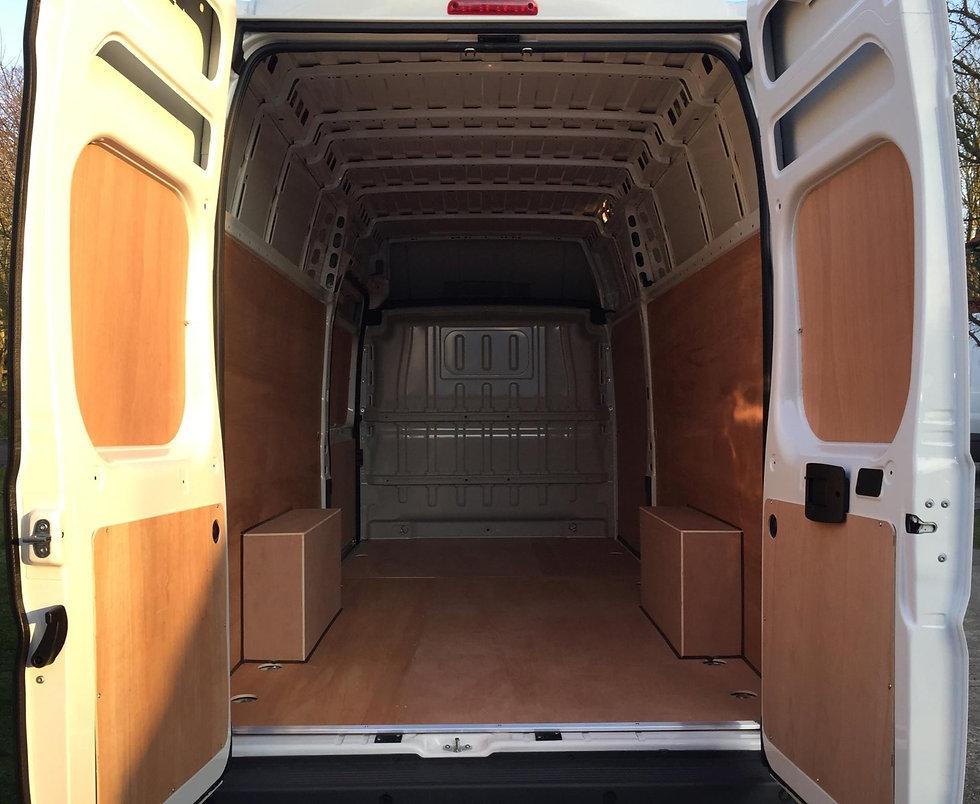 van back doors open