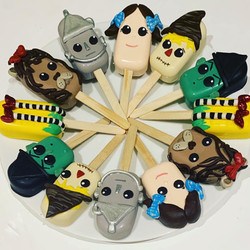 Wizard of Oz Cakesicles