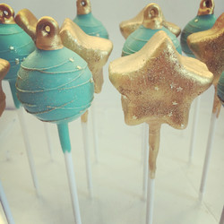 Pretty Turquoise and Twinkling Stars