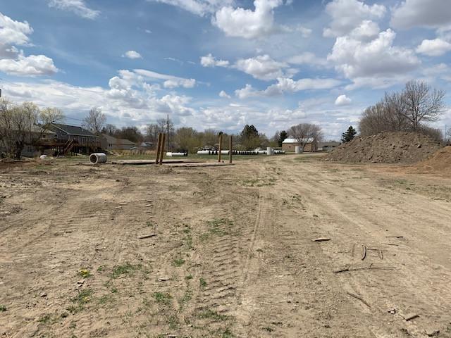 Burlington BU-1C near ball fields.jpg