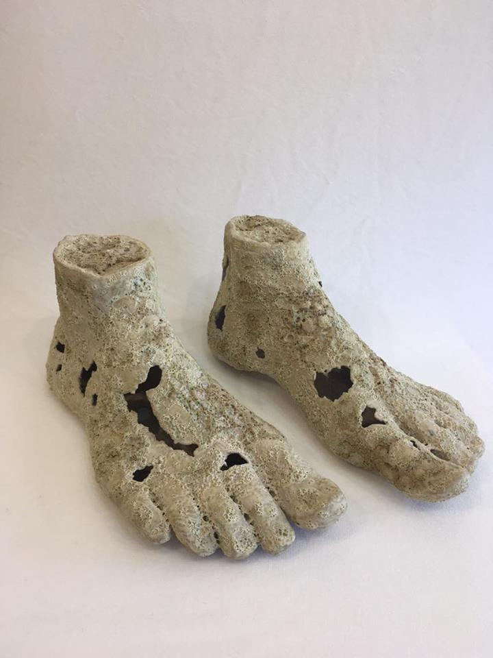Cream Feet