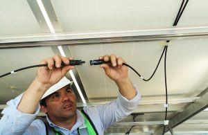 Quando e como trocar a instalação elétrica de um condomínio