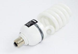 Conheça os diferentes tipos de base para lâmpada