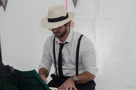 Antoine TERRAZZONI Pianniste