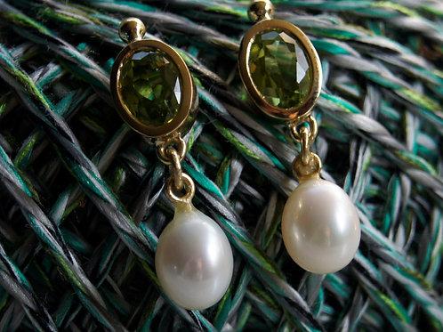 Ohrhänger Gelbgold 750 mit Peridot und Perle
