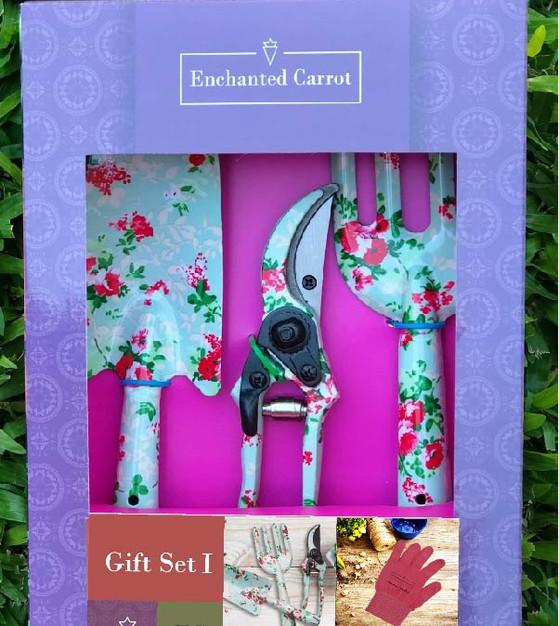 Gift set flora & Lola.jpg
