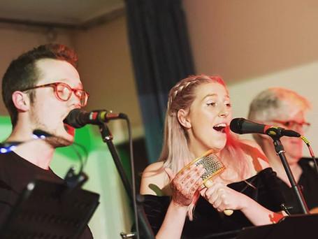 Singers in Action
