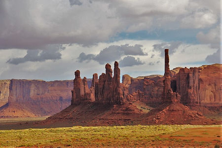 monument valley totempole