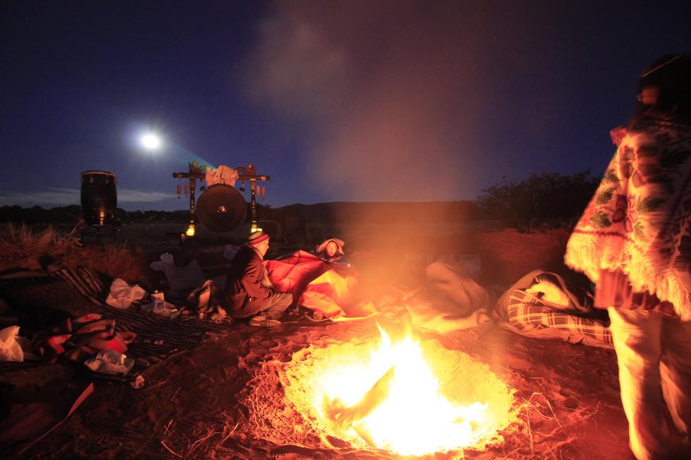 ファイヤー  火は古代からの叡智、メディスンです