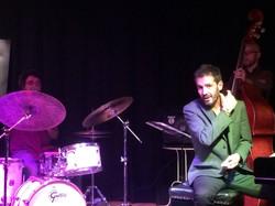 M.R Trio (Sevilla)