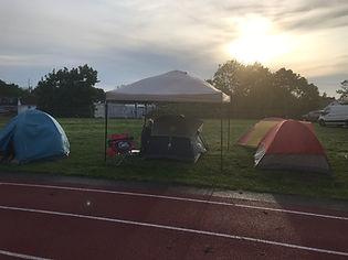 setting_tent.jpg
