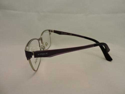 f80ffed80 Óculos de Grau Feminino Vogue Vinho