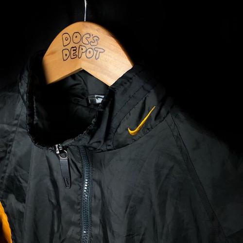4cdb0a69c 1990s nike bumblebee tracksuit jacket size large