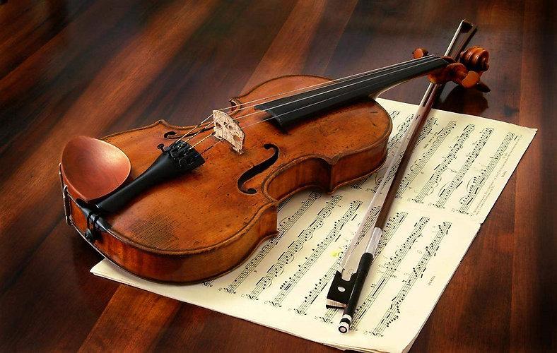 stradivarius-violin (2).jpg