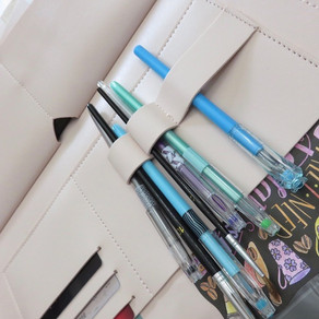"Glass Ladder & Co. ""The Megan"" Clutch (as an art kit!) Review"
