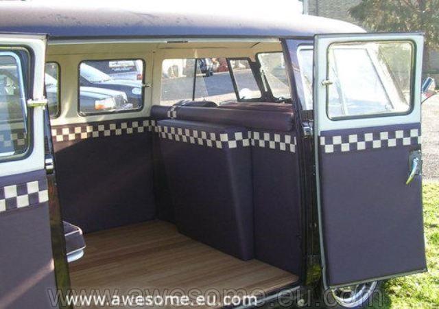 Splitscreen Volkswagen campervan SB3