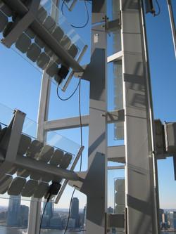 Photovoltaic array tracks the sun