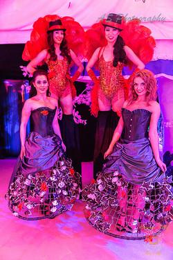 Dancers greeting