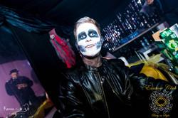 Essence Club Skull