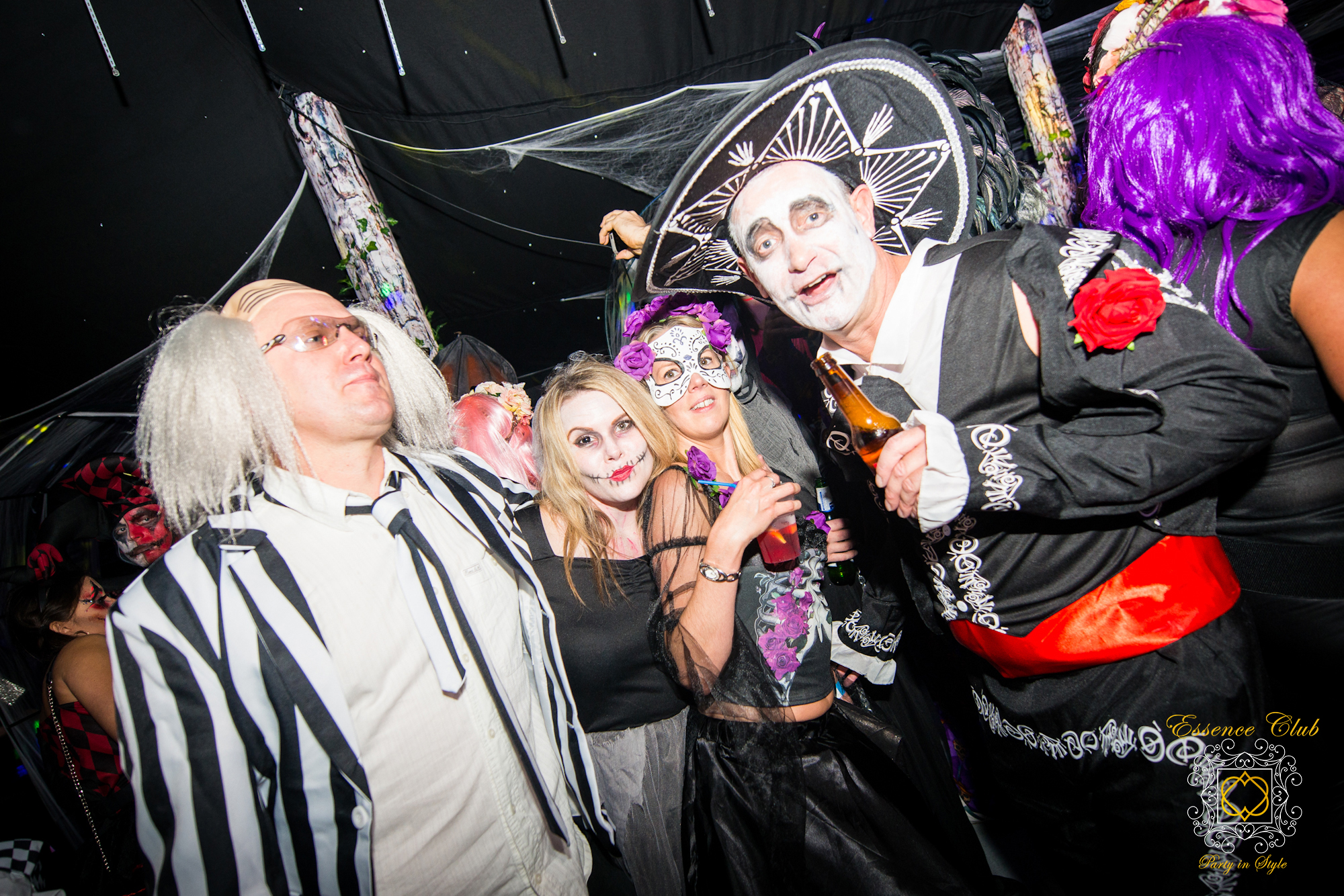 Essence club halloween people