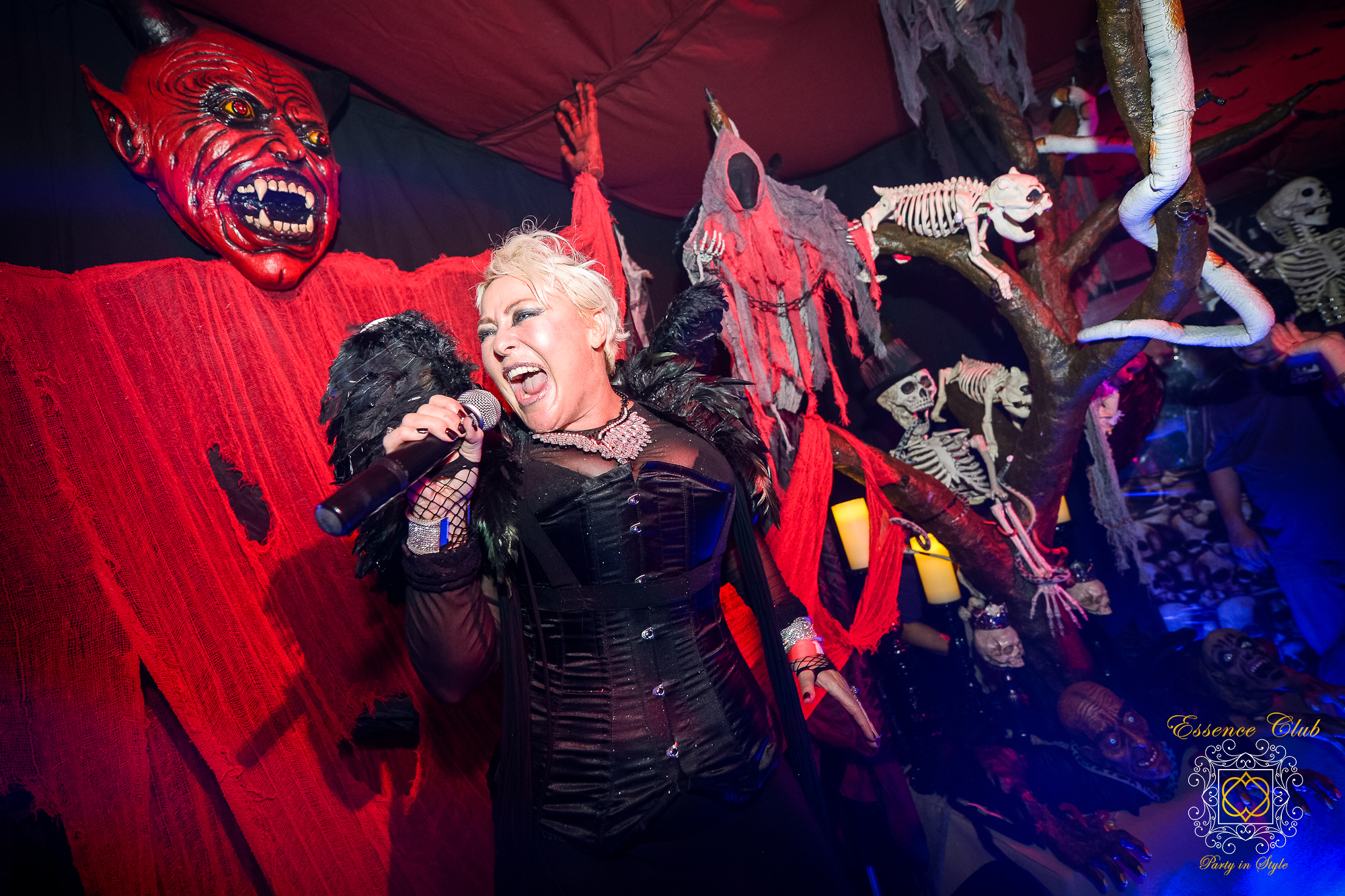Soraya vivian singing in hell