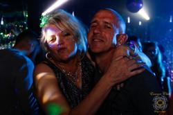 Essence Club Party People Glitter Heaven